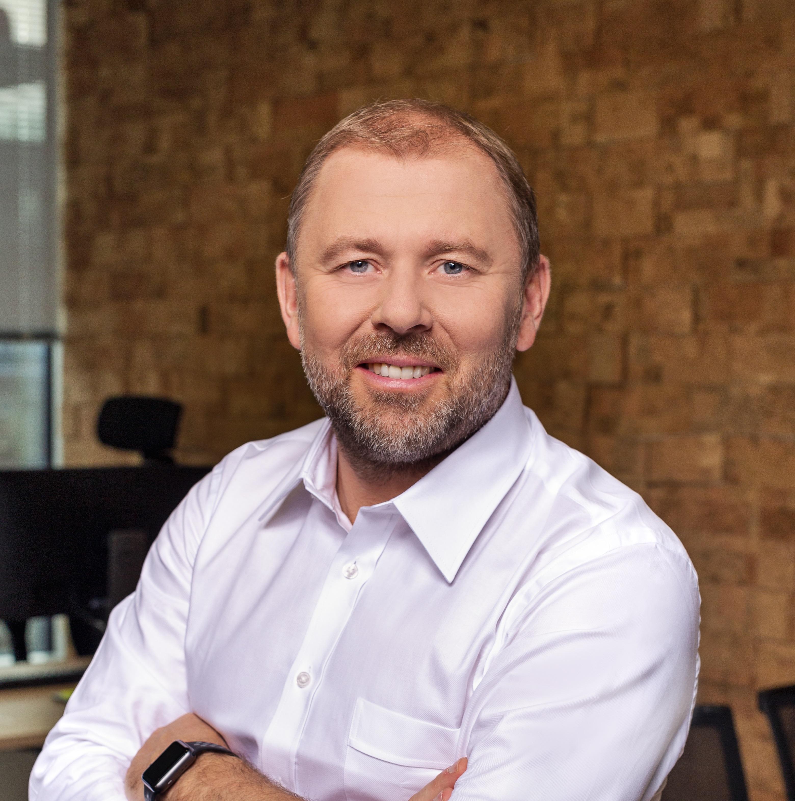 Piotr Kalisz NEST BANK (1)